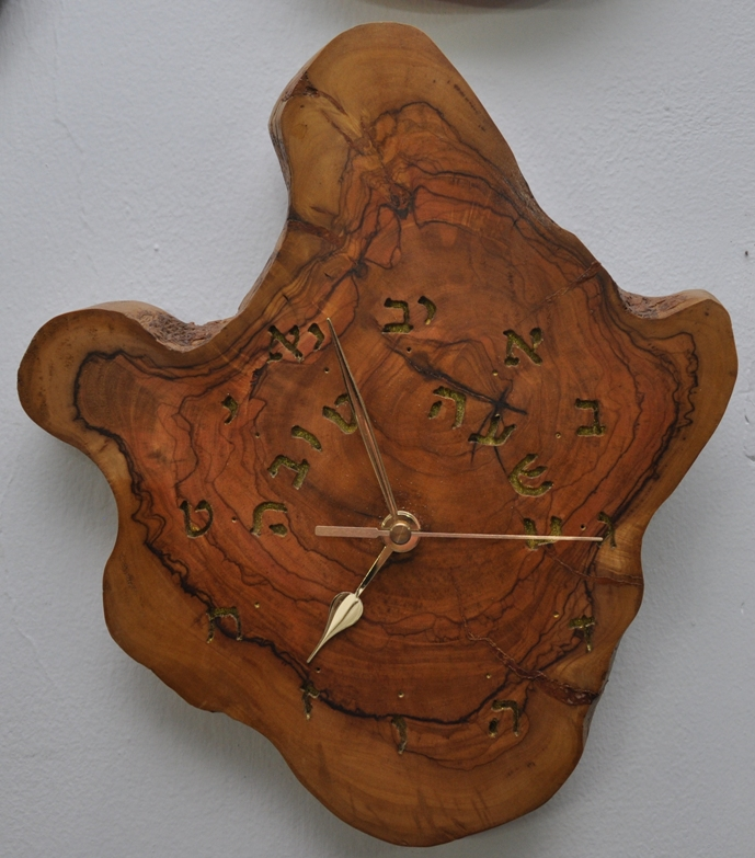 שעון  עץ זית