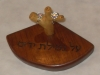 Mahogany wood Ring holder 10 טבעץ