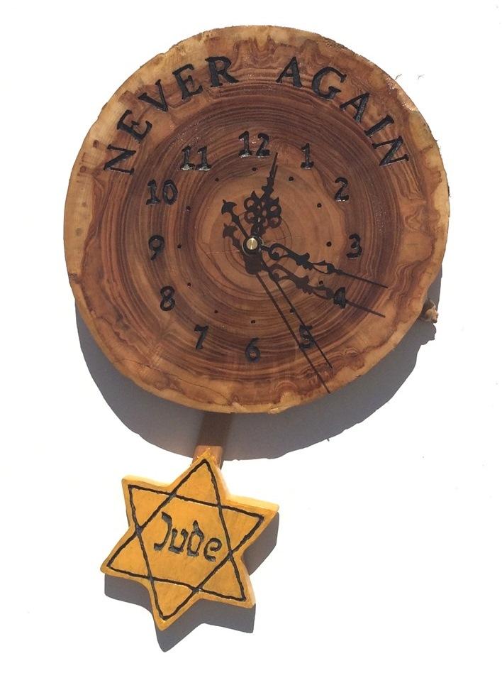 shoah clock 4